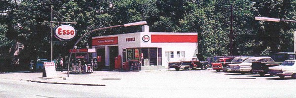 Garage Broos automobiles Esso 1973